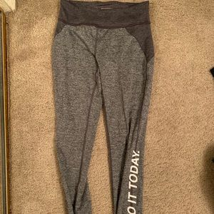 Grey forever 21 active leggings size small